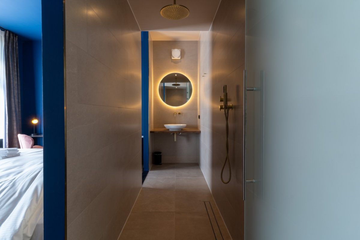 Hotel Lytel Blue